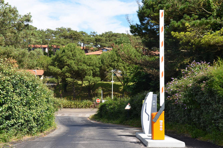 Aire d'accueil PARKING PAYANT - Anglet